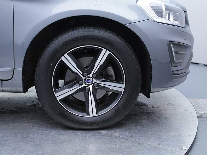 Volvo XC60 D4 AWD R-Design Nav (A) (Winter Pack, Rear Park Assist)