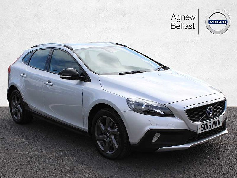Volvo V40 CC D2 Cross Country Lux (M) (Winter Pack, Rear Park Assist)