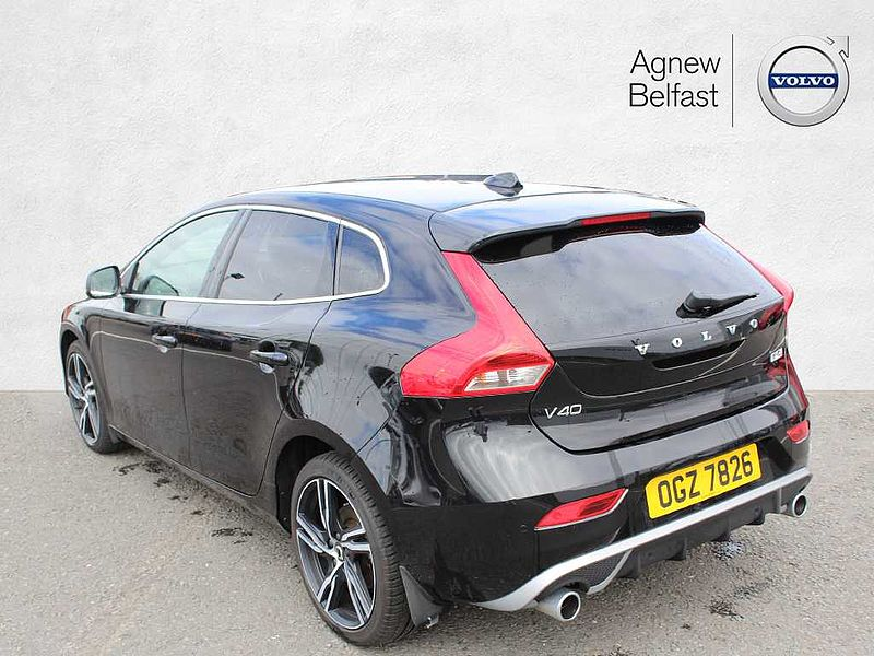 Volvo V40 D2 R-Design Edition (M) (Ex-Demo, Winter Pack)